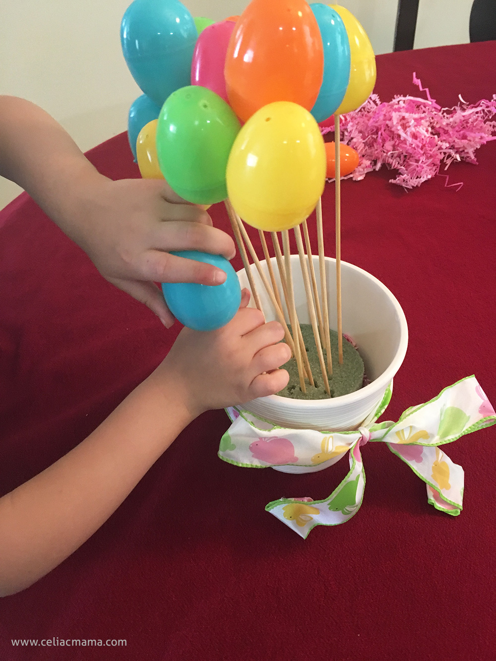 easter-egg-bouquet-diy-toddler-craft