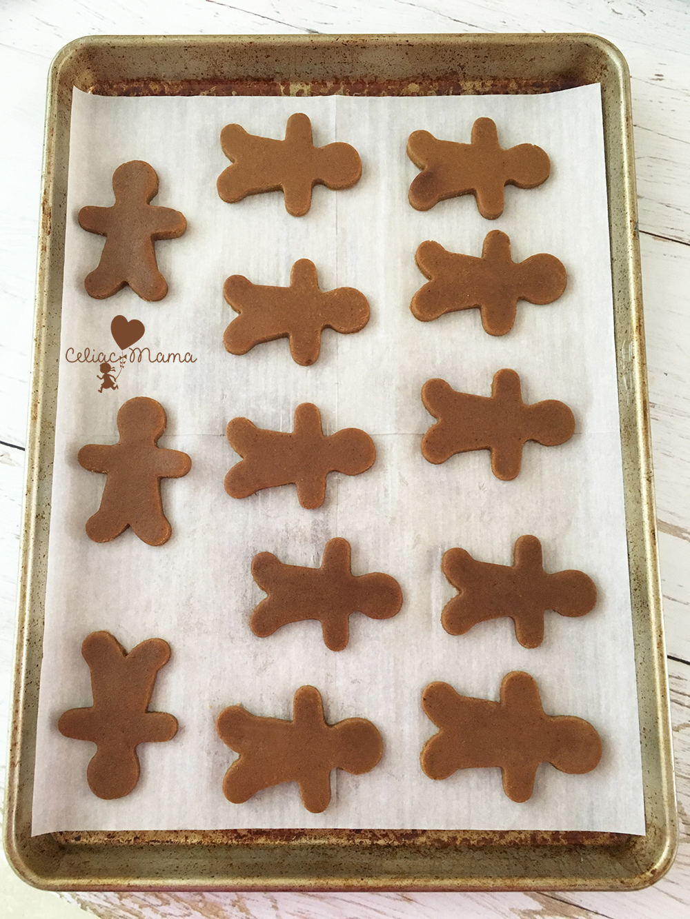 gluten-free-gingerbread-men-cookies-shapes