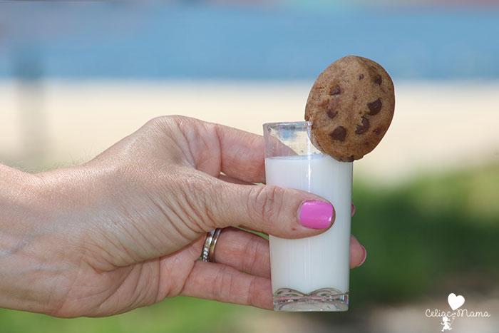 gluten-free-cookies-and-milk