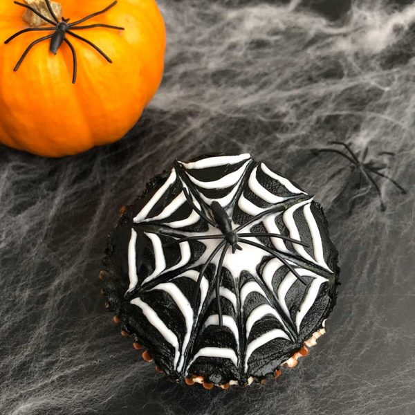 gluten-free-spider-web-cupcakes displayed for october baking kit