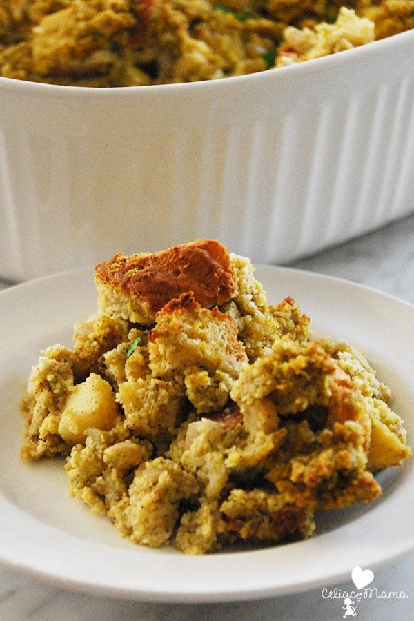 southern-cornbread-gluten-free-stuffing-piece