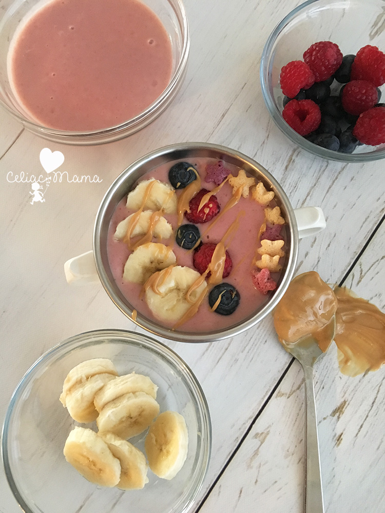 strawberry-banana-kids-smoothie-bowl-2
